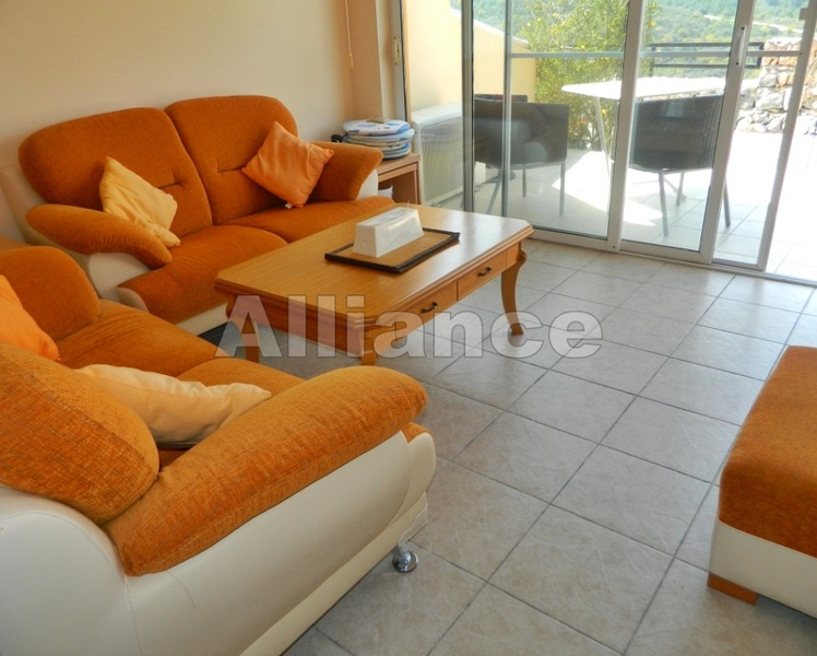 Apartment in Arapkoy, two bedrooms, fully furnished, private garden