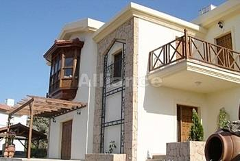 Luxury villa, walking distance from the sea