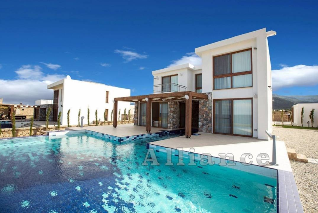 Three bedroom villa - beach, easy payment plan