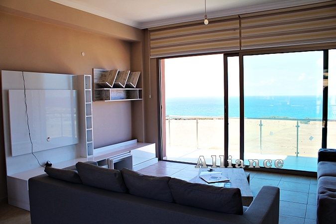 One-bedroom apartments on the coast, views - Guaranteed!