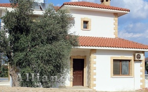 Three bedroom villa in Kaнalar, seaside