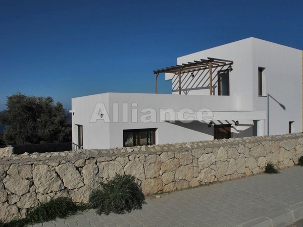 Villa in the mountains, panoramic view