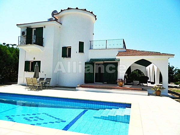 Villa in Catalkoy, four bedrooms