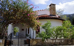 Luxury bungalow in Bellapais for rent