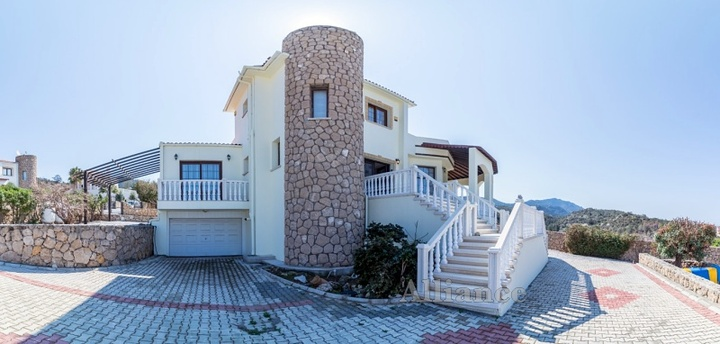 Villa in Cyprus, in Bahceli - harmony of design and nature