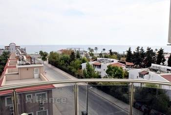 One bedroom apartment on the beach, sea view, beach - 100 meters!