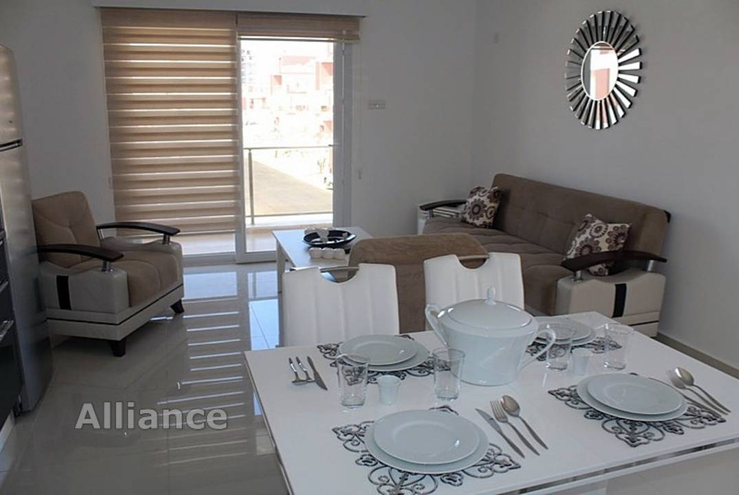Apartment with private entrance on the first  floor