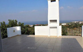 Villa in Karsiyaka, ready  to move, sea and the mountain views