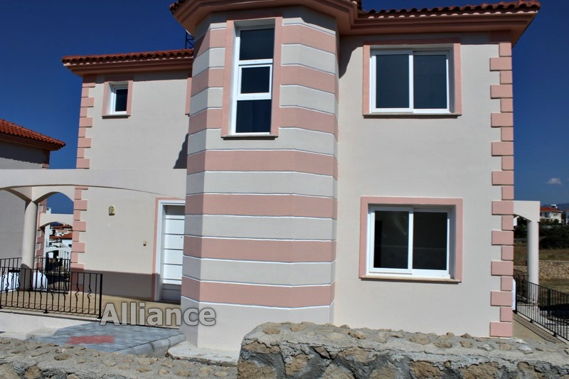 Luxury villa in the village of Karshiyaka, incredible price