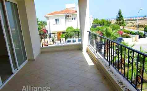 Hot offer - two-bedroom apartment with magnificent views, resale