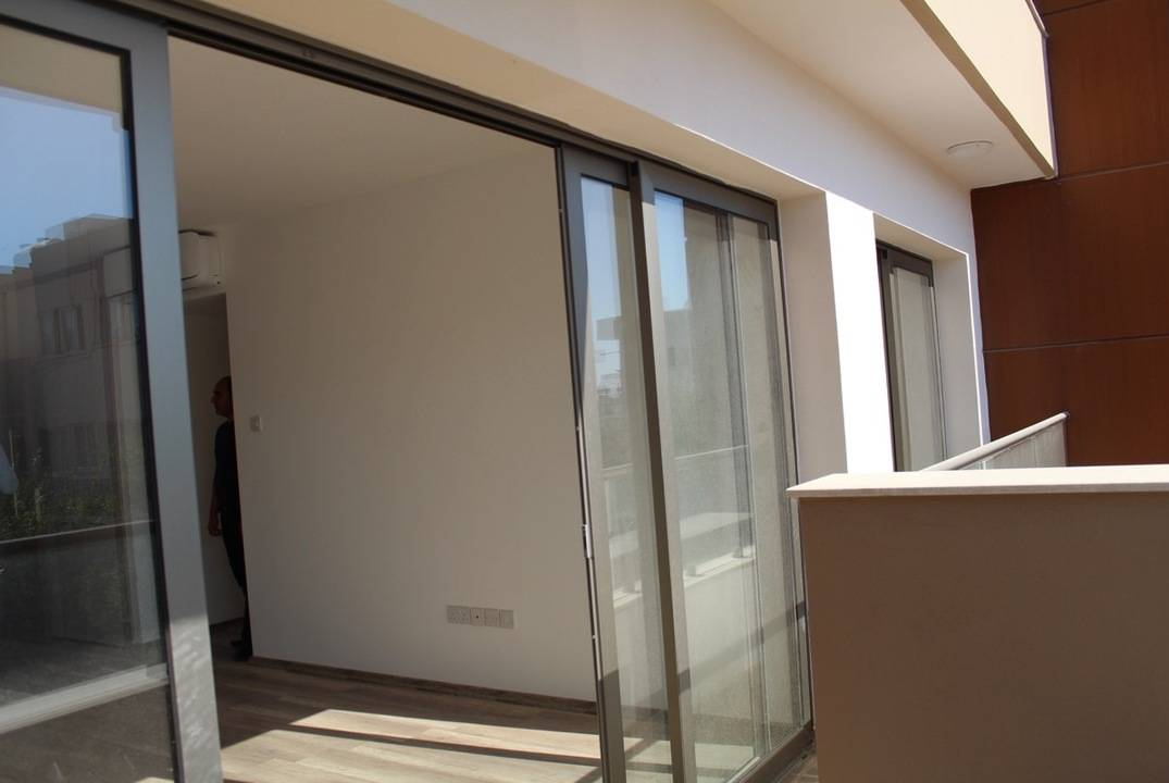 Luxurious apartment 2 + 1 in the center of the city of Girne, ready for move