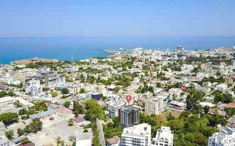 Three-room apartment in the center of Kyrenia, the historic city and the port - within walking distance