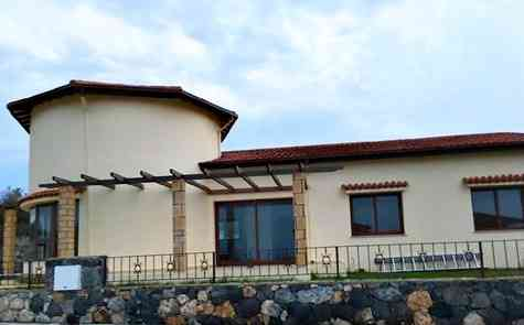Bungalow in Kayalar, coastline!
