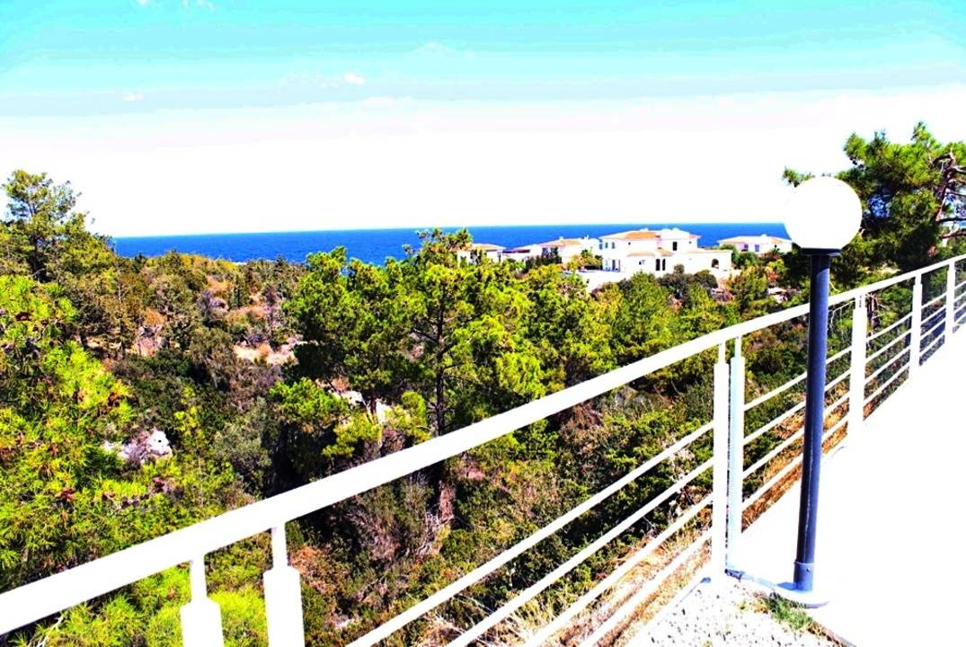 Villa with pool in Esentepe - unrivaled panoramas, walking distance to the beach