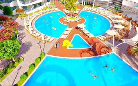 Three-room apartments in Iskele, beach nearby, choice of layout and floor