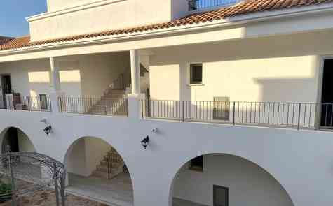 Two bedroom apartment in a gated complex near Escape Beach
