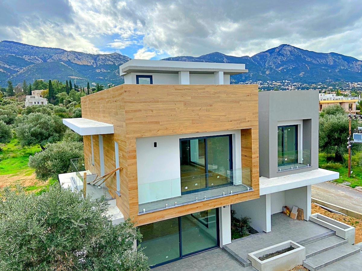 Villa in Catalkoy - high quality materials, Turkish title deeds