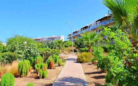 Garden apartment 3 + 1, in a gated resort in Tatlisu