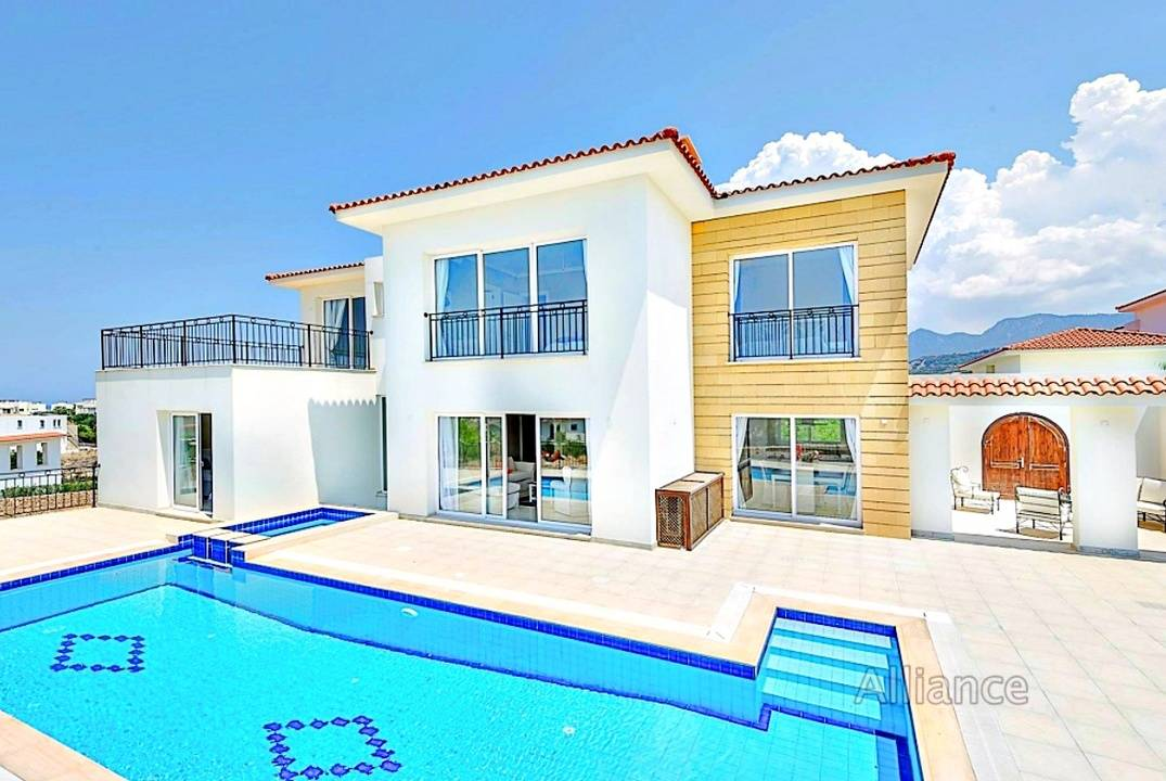 Luxury villas, seafront