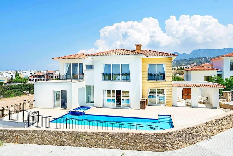 Luxury villas, seafront