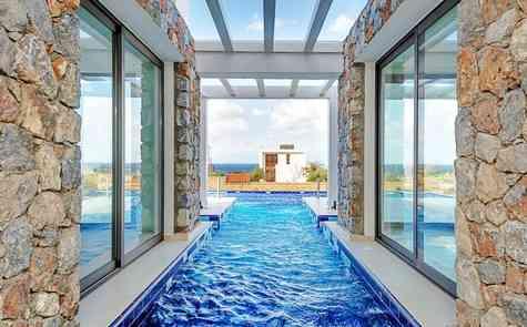 Luxury villa in Tatlisu,beach front!