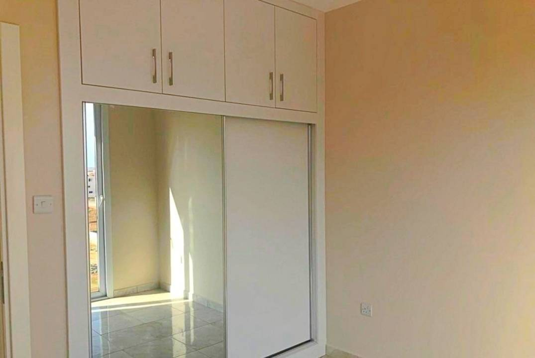 Spacious four-room apartment near the University and the Shopping Center