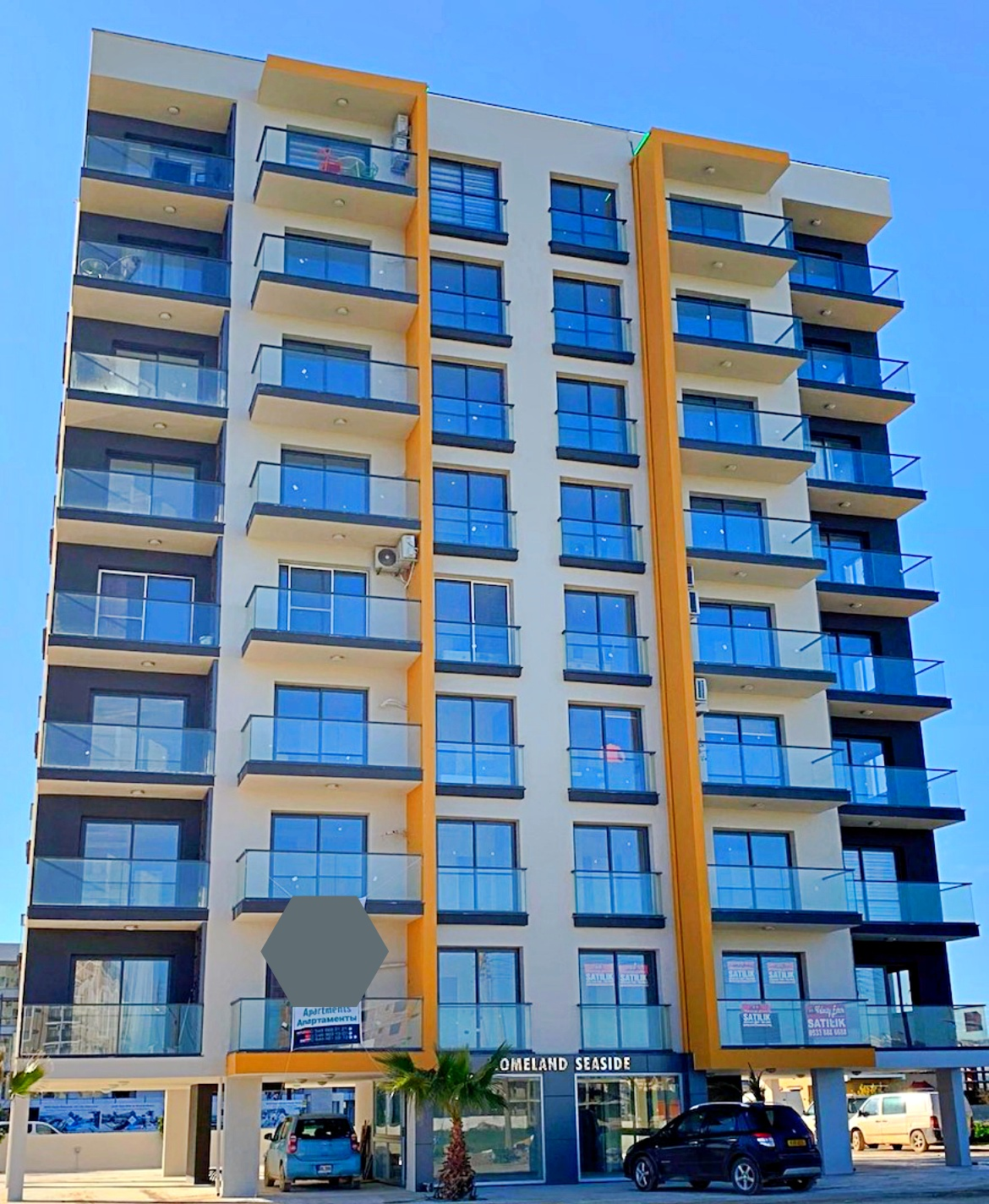 Studio apartments in a new residential complex in the area of Long Beach.