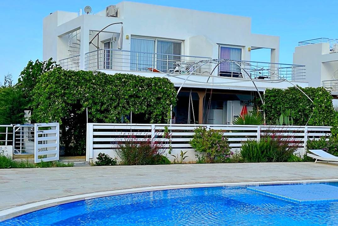 Villa in a complex with a private sandy beach - spend an unforgettable time in Cyprus!