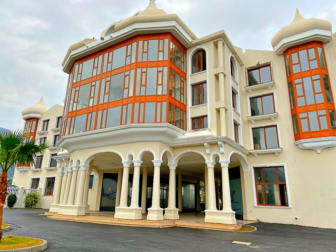 Hotel and casino for sale in Kyrenia