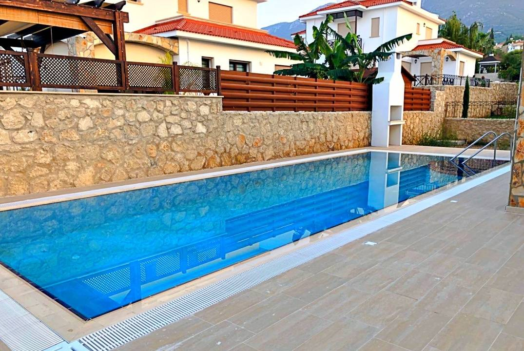 Luxury villa in Bellapais with the pool, credit available