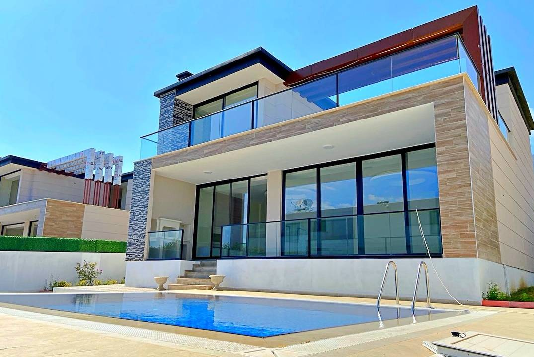 Magnificent 3 + 1 villas located in a popular area of Northern Cyprus, Bellapais