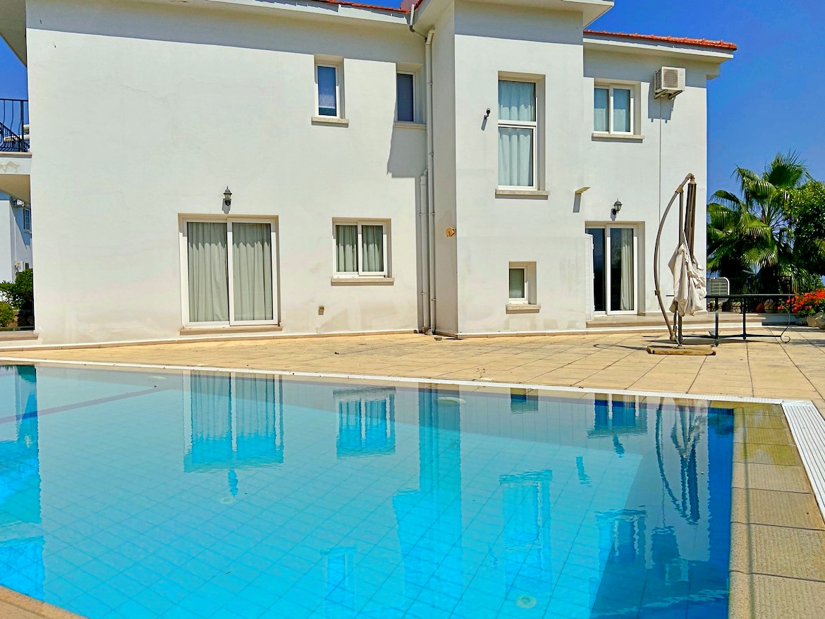 Villa 3 + 1 in Bellapais - a quiet place near the developed infrastructure