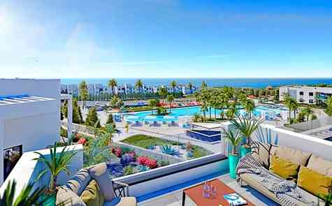 Two bedroom loft penthouse in a luxury beachfront complex