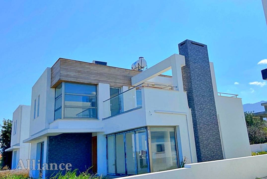 Modern villa by the sea  in Catalkoy