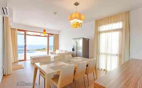 Stunning villa in Tatlisu, unique sea front location