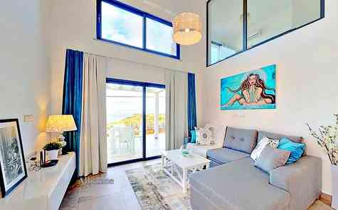 Apartments and penthouses in an elite complex on the coast