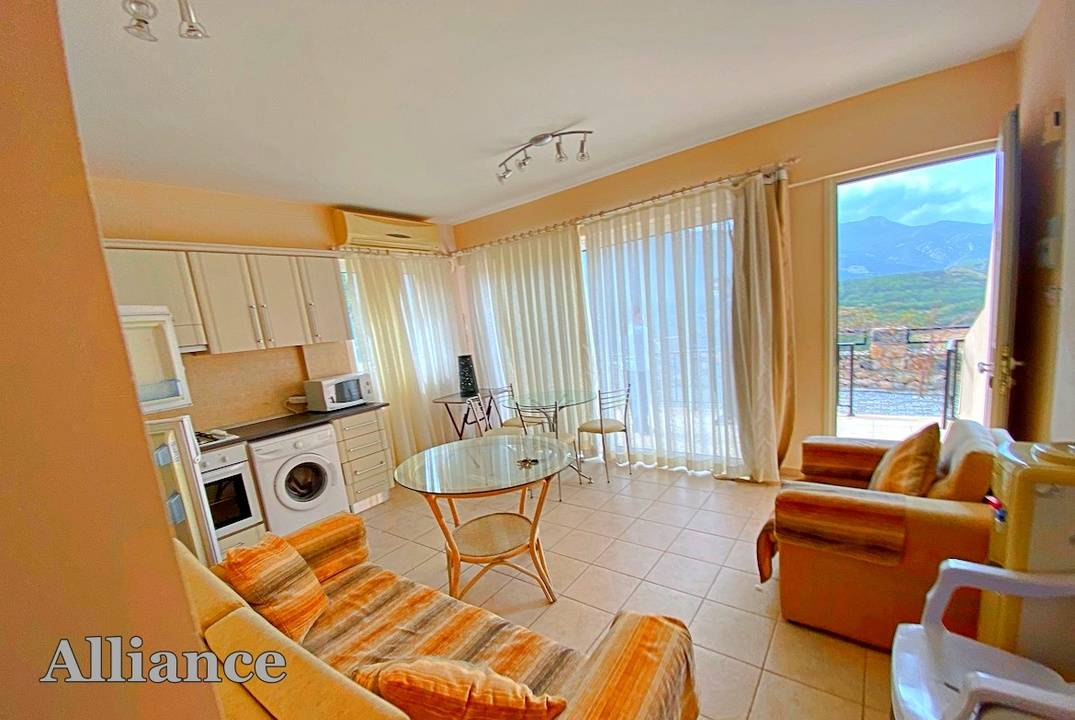 One bedroom apartment in Arapkoy with unparalleled views
