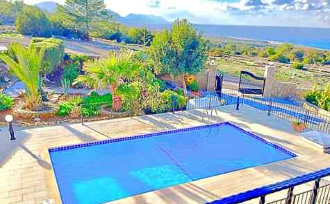 Villa located in the protected area of Esentepe