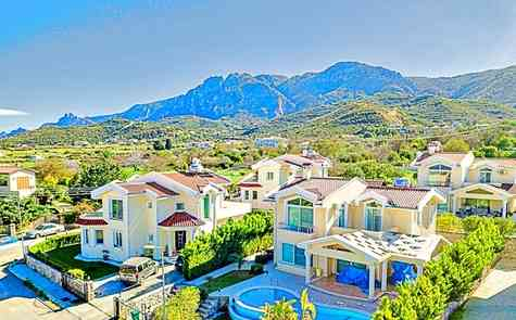 Beautiful new villa in Alsancak with pool, individual titles