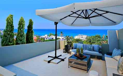 One-bedroom apartments in a cozy complex on the coast, near Kyrenia