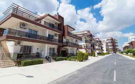 Apartments with one bedroom  in the complex, 400 meters from the beach