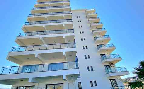Studios apartments in elite complex by the sea
