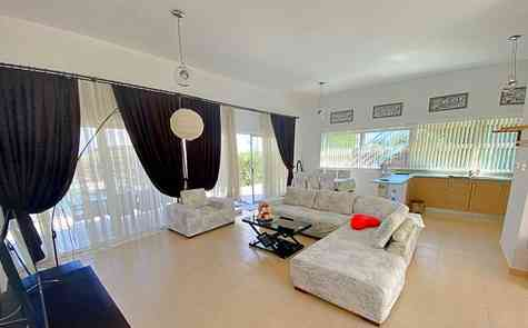 Three  bedroom villa with the pool  in Esentepe  near the beach