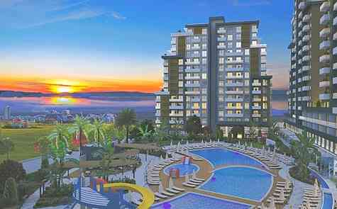 One-bedroom apartments in a new complex within walking distance to Long Beach