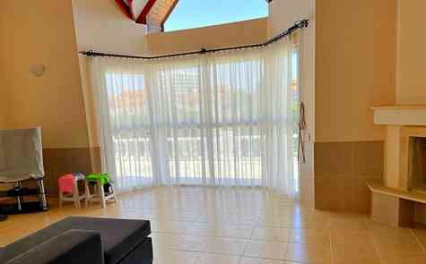 Rent 4 bedroom villa by the sea in Bogaz